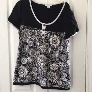 Ladies dress barn top large